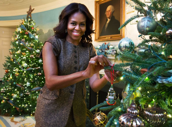 Wish the Obamas Merry Christmas and Happy New Year