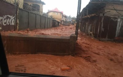 Flooding sweeps through Sierra Leone's capital, 312 dead