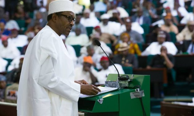 UPDATE 2-Nigeria's Buhari asks lawmakers to approve $5.5 bln in foreign loans