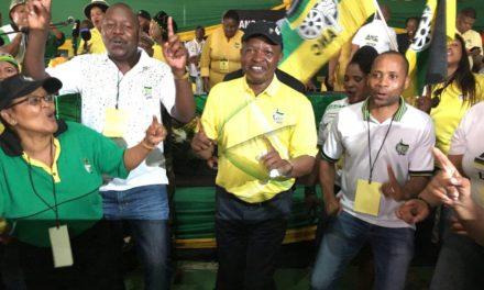 Divided ANC poised to elect new leader, closing Zuma's era