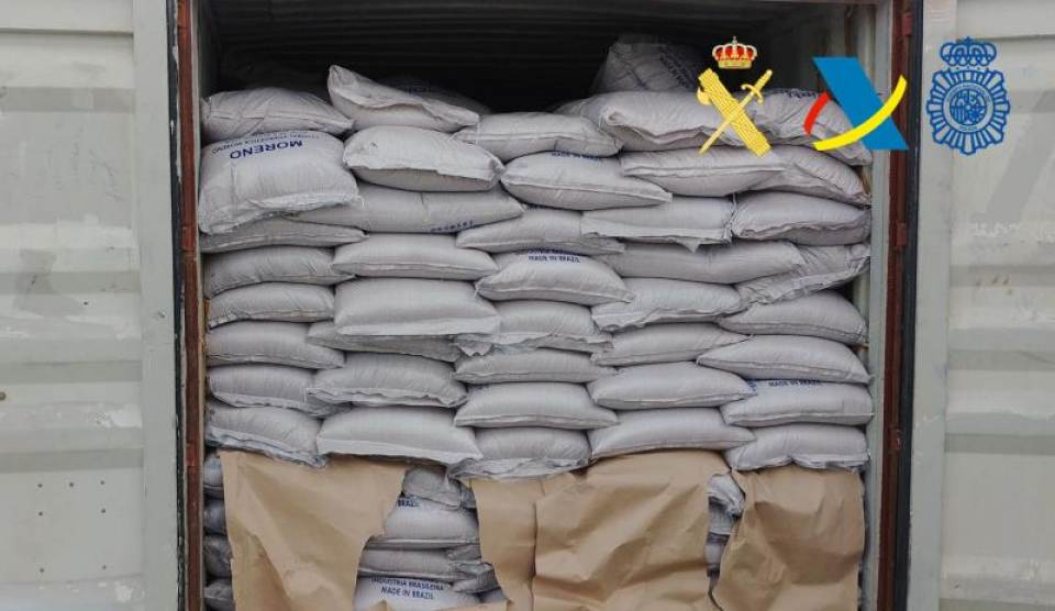 Authorities in Spain seize 332 kilos of cocaine in transit via Brazil to Liberia