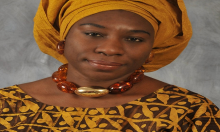 Iyabo Obasanjo (allegedly) attacks her father, ex-president Obasanjo, in an open letter