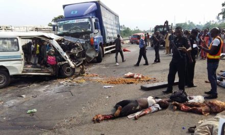 Collision of a truck and a minibus killed 18 in Guinea-Bissau